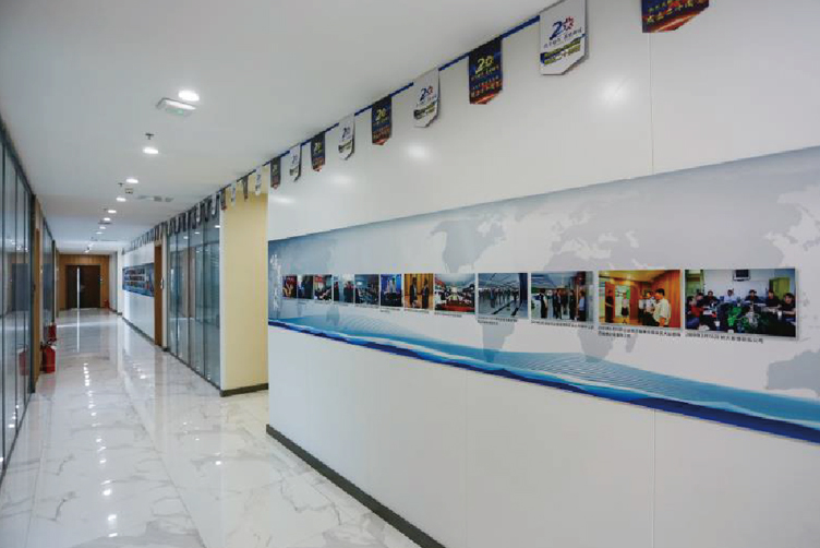 藍泰集團辦公環境